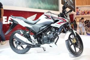 Honda Unveils CBR150r Streetfire